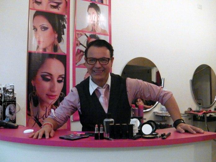 Após lançar sua linha de produtos de beleza, Dicesar abre sua primeira loja no centro de SP